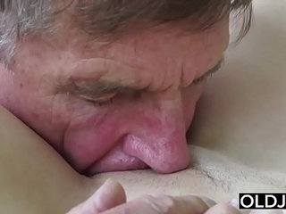 Old Young Porn Teen Blowjob Deepthroat and Cumshot After Pussy Fucking