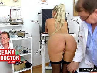 Rachel Evans visits gynecology needs a vagina check up